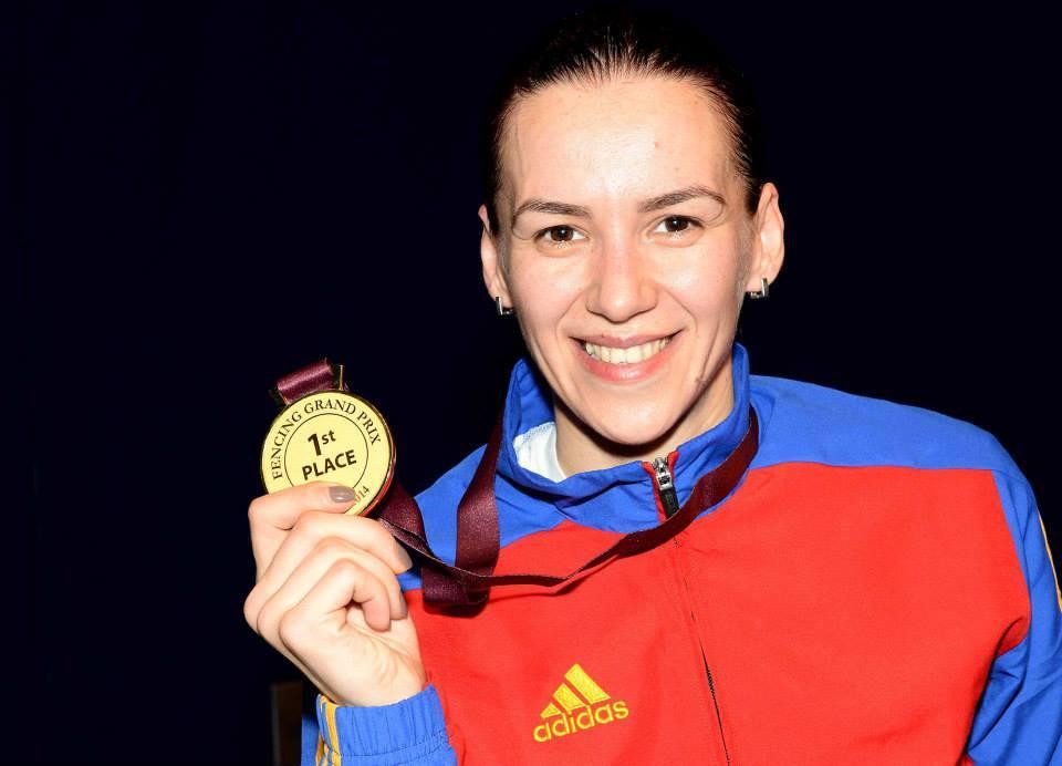 Simona-cu-medaliaaaa