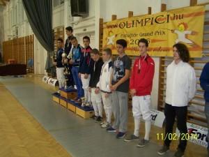 Adam Macska4 - locul 1 pana in 15 ani