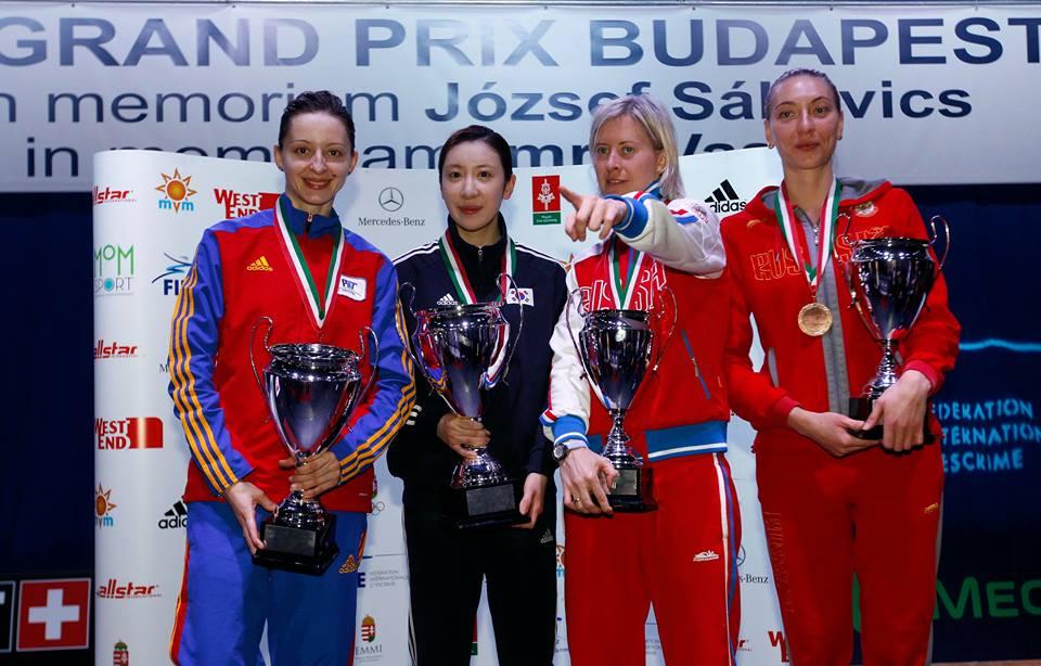 Ana-Maria-Branza-pe-podium
